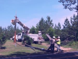 York Electric Lineworkers Repairing Downed Power Lines